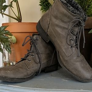 Faux Leather Tie Up Winter Boot